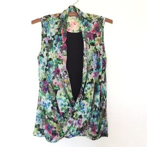 Kut From the Kloth Floral Faux Wrap Top EUC